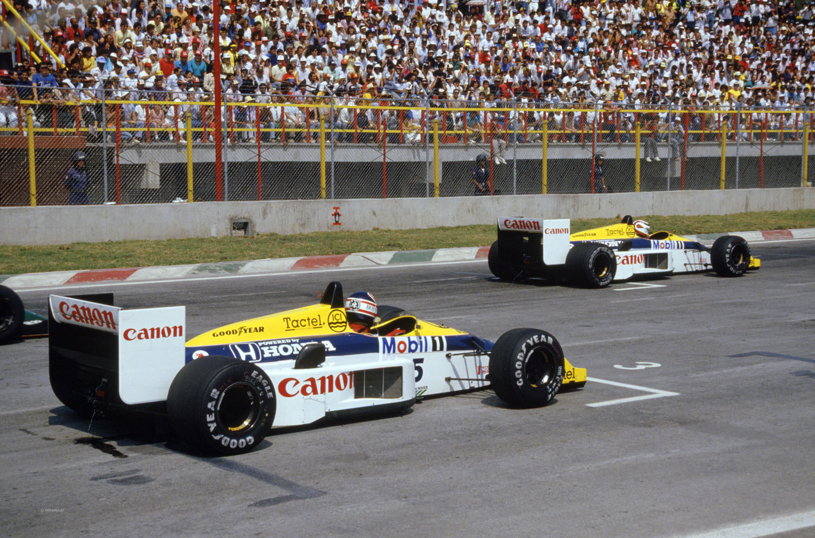 Nelson Piquet (2.mjesto) i Nigel Mansell (3.mjesto) u Williams Renaultovim bolidima uoči starta VN Meksika 1986. (12.10.1968.) Foto: Williams