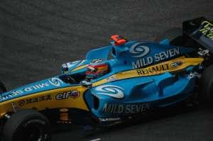 Fernando_Alonso_2005_Kina
