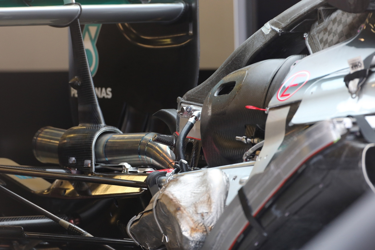 mercedes-pu106b-hybrid-power-unit-2015
