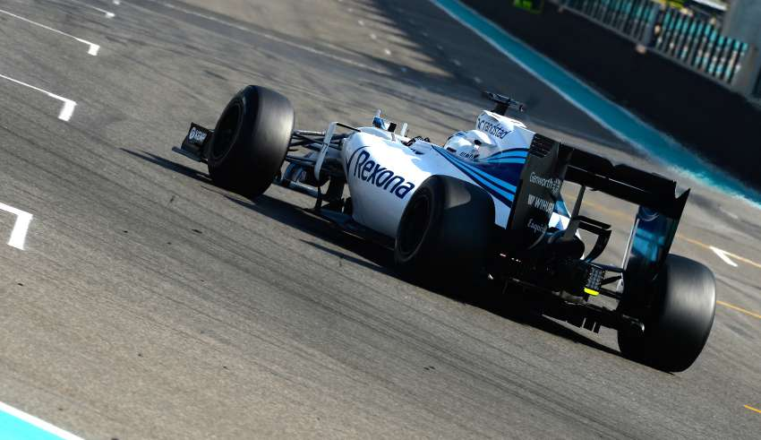 valtteri-bottas-williams-mercedes-fw37-abu-dhabi-f1-tyre-test-2015ultra-soft-pirelli-rear