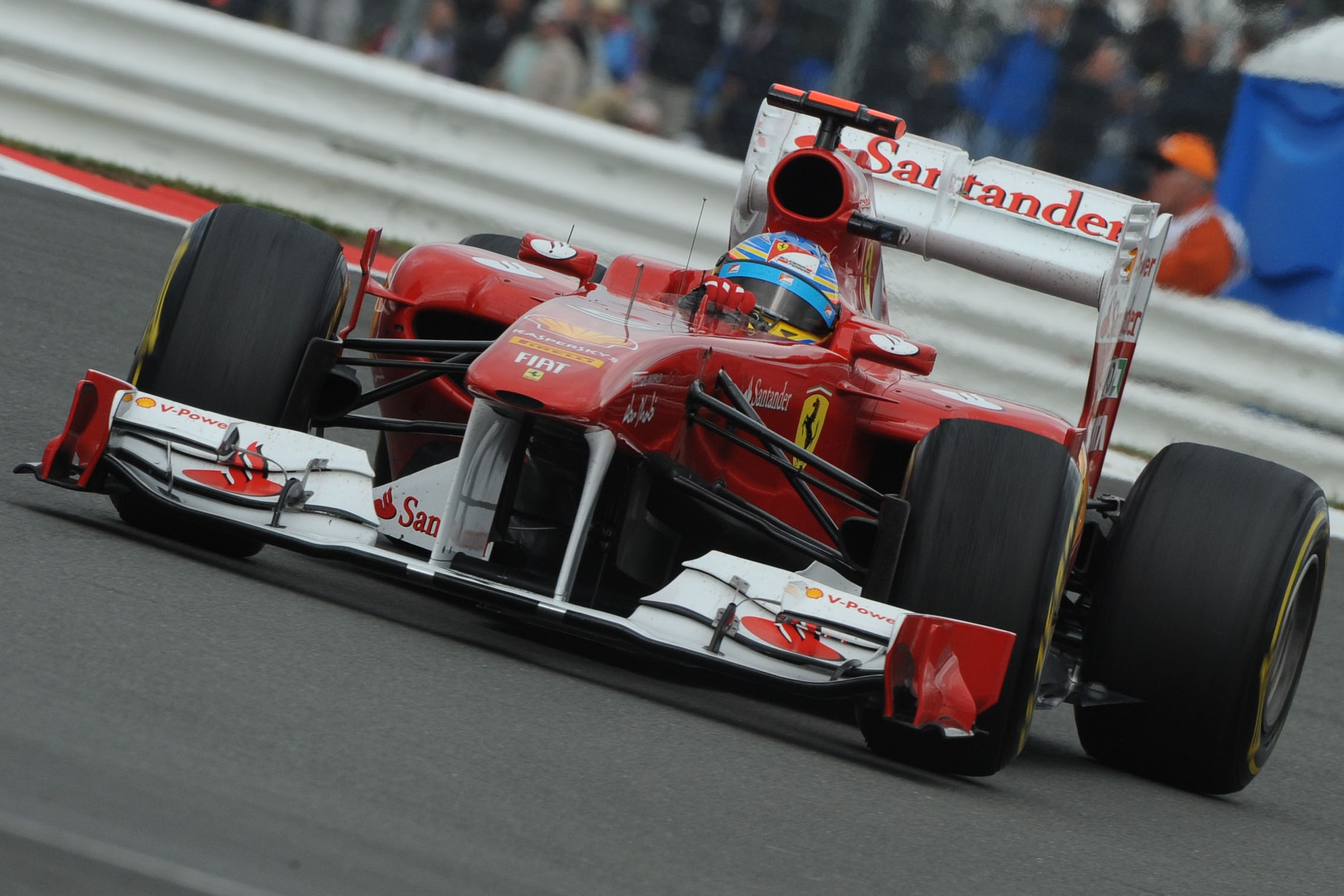 fernando-alonso-ferrari-150th-italia-great-britain-gp-silverstone-f1-2011-victory-front-push-rod-suspension