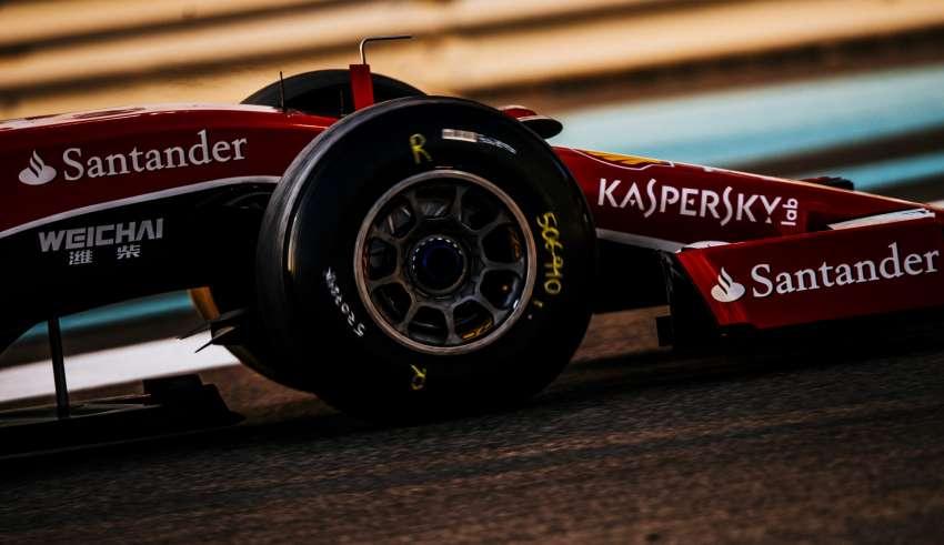 ferrari-sf15t-abu-dhabi-pirelli-tyre-test-f1-2015