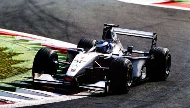 mika-hakkinen-mclaren-mercedes-mp4-14-italy-gp-monza-f1-1999-chicane