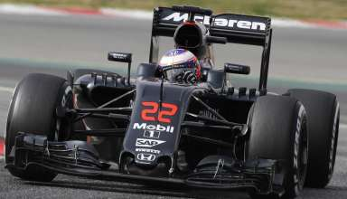 Jenson-Button-McLaren-Honda-MP4-31-Barcelona-test-22-2-2016-final-chicane