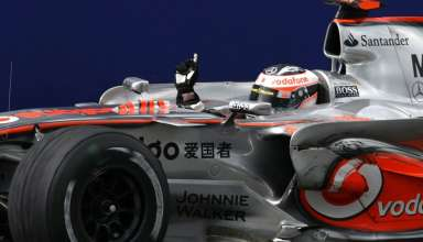 fernando-alonso-mclaren-mercedes-mp4-22-european-gp-nurburgring-f1-2007-victory