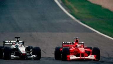 michael-schumacher-overtakes-mika-hakkinen-for-the-lead-at-european-gp-nurburgring-f1-2000-foto-grandprix-com