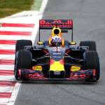 red-bull-racing-TAG-rb12-barcelona-debut-3
