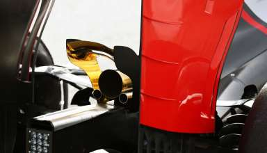 romain-grosjean-haas-f1-vr16-barcelona-test-22-2-2016-rear-end-exhaust-gold-monkey-seat-y250-foto-xpb