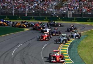Start of the Australian GP 2016