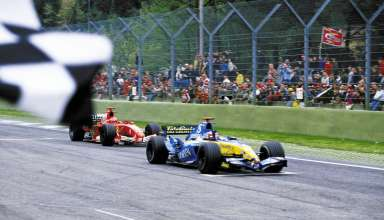 Alonso Renault M.Schumacher Ferrari San Marino GP Imola F1 2005 finish line