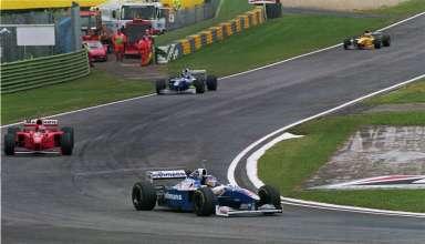 Jacques-Villeneuve-Heinz-Harald-Frentzen-Williams-Renault-FW19-and-Michael-Schumacher-Ferrari-F310B-San-Marino-GP-Imola-F1-1997-Foto-Williams