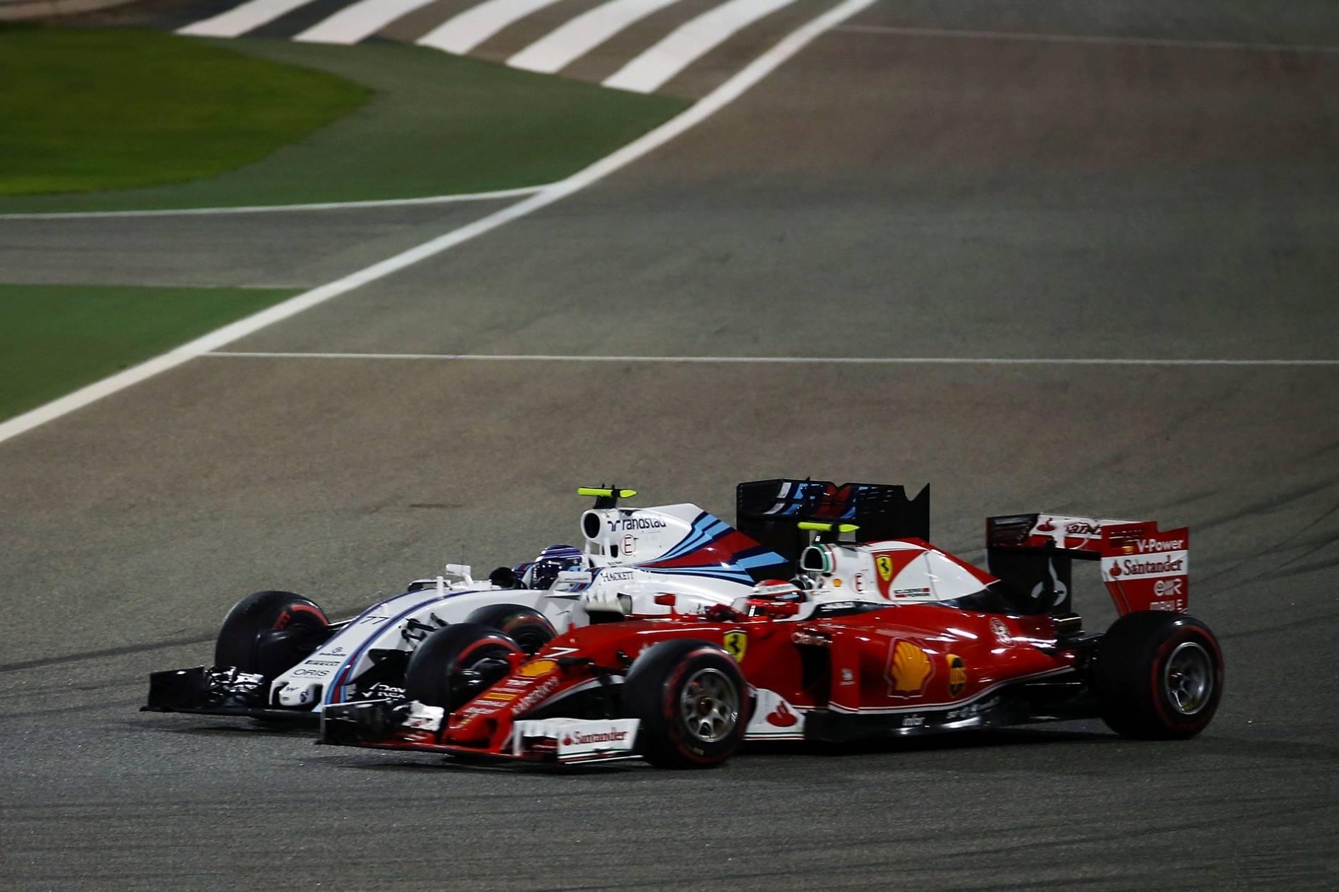 Kimi Raikkonen Valtteri Bottas Bahrain GP F1 2016 foto f1fanatic