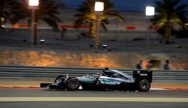 Lewis Hamilton Mercedes W07 Hybrid Bahrain GP F1 2016 Qualifying