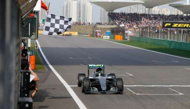 Nico Rosberg Mercedes W07 Hybrid China GP F1 2016 finish line