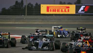 Start of the Bahrain GP F1 2016 -