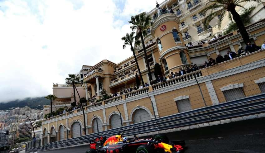 Daniel Ricciardo Red Bull TAG Heuer RB12 Monaco GP beau rivage F1 2016 Foto Red Bull