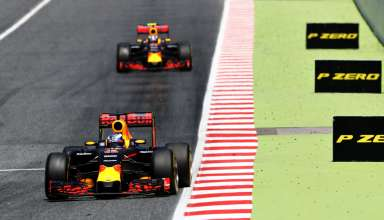 Daniel Ricciardo and Max Verstappen Red Bull RB12 TAG Heuer Spanish GP F1 2016 Foto Red Bull