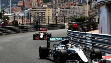 Hamilton leads Ricciardo Monaco GP F1 2016 Foto Red Bull