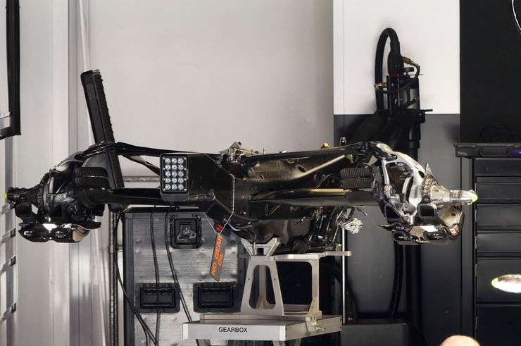 Mercedes W07 Hybrid gearbox and rear end Spain GP Barcelona foto automotorundsport
