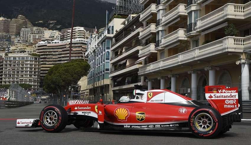 Sebastian Vettel Ferrari SF16-H Monaco GP harbour chicane F1 2016 Foto Ferrari