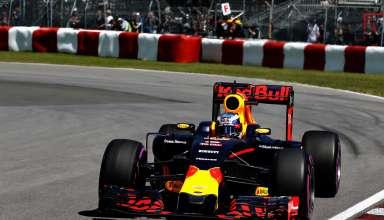 Daniel Ricciardo Red Bull RB12 TAG Heuer Canada GP F1 2016 hairpin exit Foto Red Bull