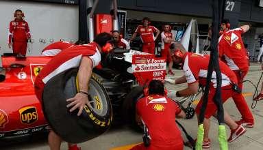 Ferrari crew practice pitstops Great Britan F1 2015 Foto Pirelli