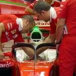 New Halo 2 concept Ferrari SF16-H garage Austrian GP F1 2016 Foto auto motor und sport