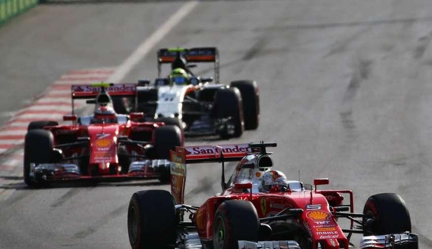 Sebastian Vettel Ferrari SF16-H leads Kimi Raikkonen and Sergio Perez at European GP Baku F1 2016 foto F1fanatic