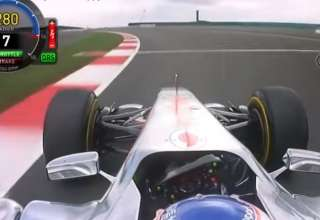 Button Silverstone F1 2011 McLaren MP4-26 onboard screenshot