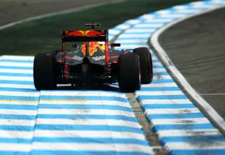Daniel Ricciardo Red Bull RB12 TAG Heuer German GP F1 2016 first corner exit oversteer Foto Red Bull