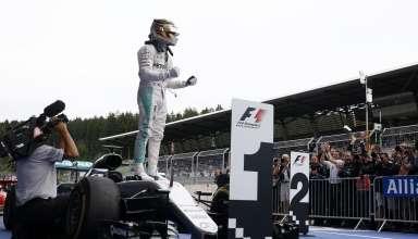 Hamilton celebrates victory at the Austrian GP F1 2016 Foto Daimler