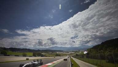 Lewis Hamilton Mercedes W07 Hybrid Austrian GP F1 2016 braking zone Foto Daimler