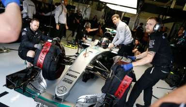 Nico Rosberg Mercedes F1 W07 Hybrid in garage Great Britain GP Silverstone F1 2016 Foto Damler