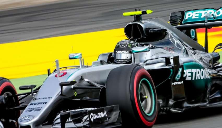 Nico Rosberg Mercedes W07 Hybrid German GP F1 2016 supersoft Foto XPB