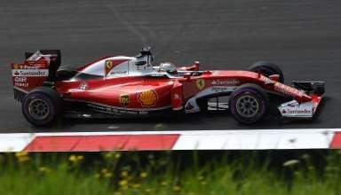 Sebastian Vettel Ferrari SF16-H ultrasoft Austria GP F1 2016 final corner foto Ferrari