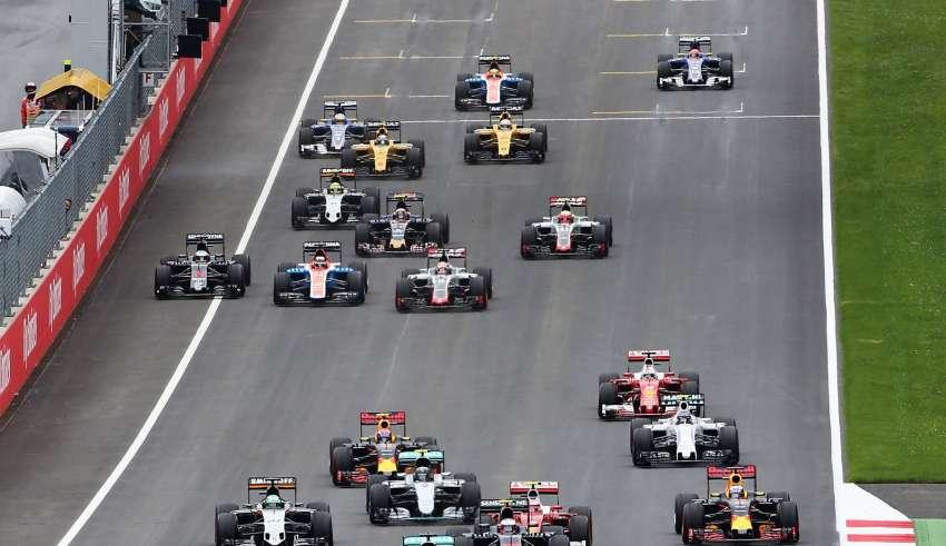 Start of the Austrian GP F1 2016 foto f1fanatic