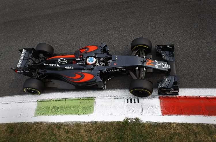 Fernando Alonso McLaren Honda MP4-31 Italian GP F1 2016 Foto McLaren