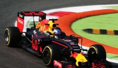 Max Verstappen Red Bull RB12 TAG Heuer Italian GP F1 2016 Foto Red Bull