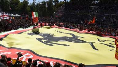 Monza-Italy-F1-2015-fans-Foto-Ferrari