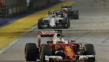 Sebastian-Vettel-Ferrari-SF16-H-Singapore-GP-F1-2016-race-Foto-Ferrari