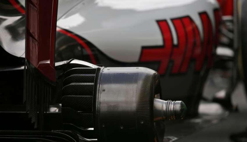 haas-vf-16-ferrari-rear-brakes-foto-f1fanatic-xpb