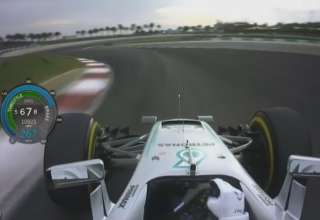 hamilton-malaysia-f1-2016-pole-position-onboard-lap-screenshot-youtube