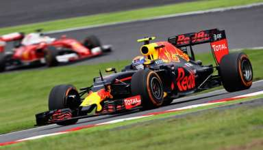 verstappen-leads-vettel-japanese-gp-f1-2016-foto-red-bull
