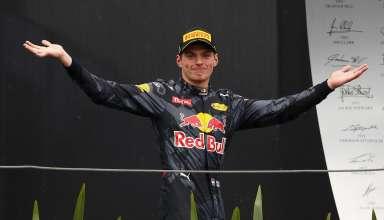 verstappen-brazil-2016-podium-hands-foto-red-bull