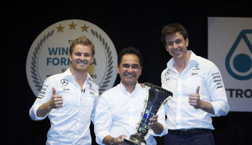 Nico Rosberg, Toto Wolff, Datuk Wan Zulkiflee Wan Ariffin
