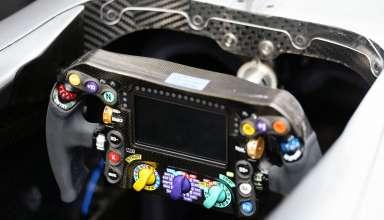 w07-f1-steering-wheel-foto-f1fanatic