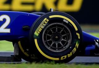sauber c35 wheel close up