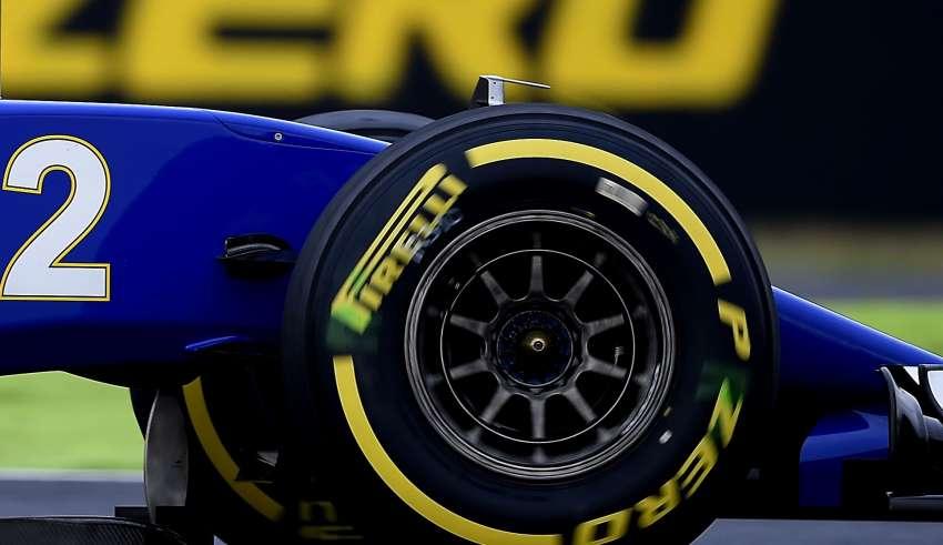 sauber c35 wheel close up