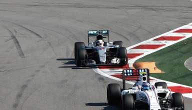 Bottas leads Hamilton Russia GP F1 2016 Foto Daimler
