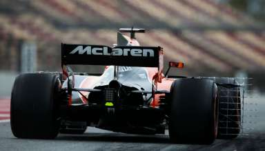Stoffel Vandoorne McLaren MCL32 Honda rear end Barcelona F1 test FOto XPB